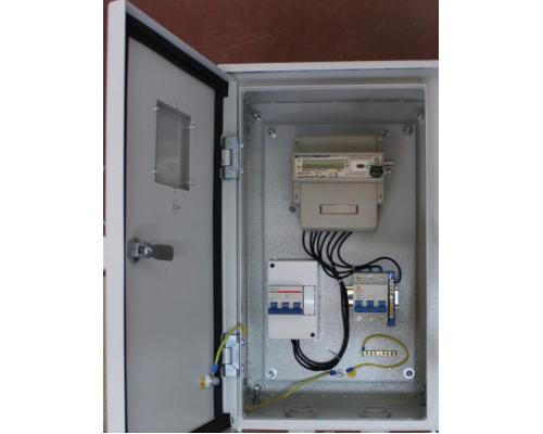 Щит учетно-распределительный навесной (с окошком) ЩУГ-3 IP-54