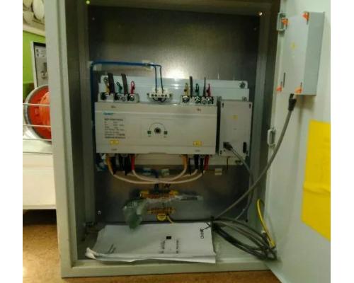 Шкаф АВР 100А, 2 ввода, IP31